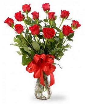 Gaziantep çiçek mağazası , çiçekçi adresleri  12 adet kırmızı güllerden vazo tanzimi