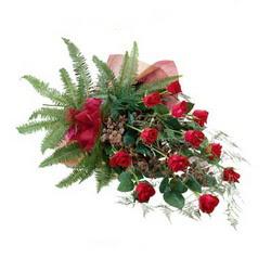 Gaziantep çiçek gönderme  10 adet kirmizi gül özel buket çiçek siparisi