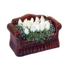 seramik içerisinde 11 gül  Gaziantep güvenli kaliteli hızlı çiçek
