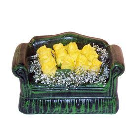 Seramik koltuk 12 sari gül   Gaziantep kaliteli taze ve ucuz çiçekler