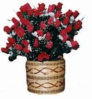 yapay kirmizi güller sepeti   Gaziantep internetten çiçek siparişi