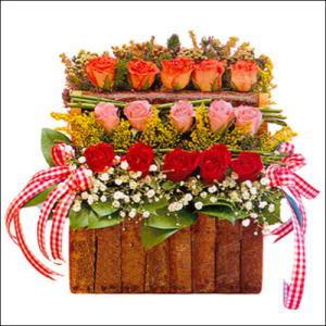 sandikta 3 kat güllerden   Gaziantep çiçek satışı