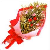 12 adet renkli  gül buketi   Gaziantep yurtiçi ve yurtdışı çiçek siparişi