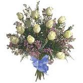 bir düzine beyaz gül buketi   Gaziantep 14 şubat sevgililer günü çiçek