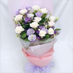 Gaziantep çiçek yolla , çiçek gönder , çiçekçi   BEYAZ GÜLLER VE KIR ÇIÇEKLERIS BUKETI