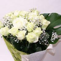 Gaziantep güvenli kaliteli hızlı çiçek  11 adet sade beyaz gül buketi