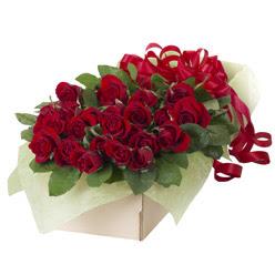 19 adet kirmizi gül buketi  Gaziantep çiçek siparişi vermek