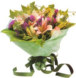 karisik mevsim buketi anneler günü ve sevilenlere  Gaziantep yurtiçi ve yurtdışı çiçek siparişi