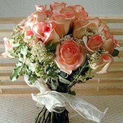 12 adet sonya gül buketi    Gaziantep hediye sevgilime hediye çiçek