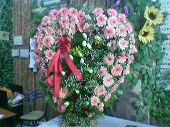 Gaziantep hediye sevgilime hediye çiçek  SEVDIKLERINIZE ÖZEL KALP PANO