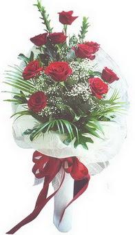 Gaziantep güvenli kaliteli hızlı çiçek  10 adet kirmizi gülden buket tanzimi özel anlara