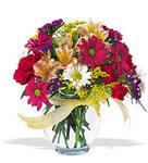 Gaziantep çiçek mağazası , çiçekçi adresleri  cam yada mika vazo içerisinde karisik kir çiçekleri