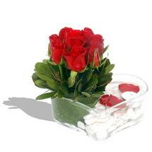 Mika kalp içerisinde 9 adet kirmizi gül  Gaziantep internetten çiçek satışı