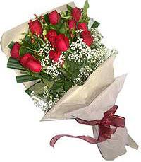 11 adet kirmizi güllerden özel buket  Gaziantep çiçek gönderme sitemiz güvenlidir