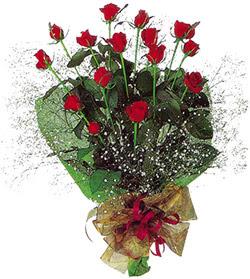11 adet kirmizi gül buketi özel hediyelik  Gaziantep yurtiçi ve yurtdışı çiçek siparişi