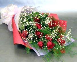 10 adet kirmizi gül çiçegi gönder  Gaziantep hediye çiçek yolla