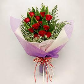 çiçekçi dükkanindan 11 adet gül buket  Gaziantep yurtiçi ve yurtdışı çiçek siparişi