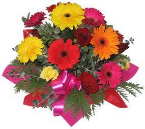 Karisik mevsim çiçeklerinden buket  Gaziantep çiçekçi mağazası