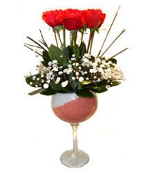 Gaziantep İnternetten çiçek siparişi  cam kadeh içinde 7 adet kirmizi gül çiçek