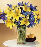 Gaziantep hediye çiçek yolla  Lilyum ve mevsim  çiçegi özel