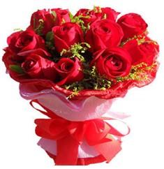 9 adet kirmizi güllerden kipkirmizi buket  Gaziantep İnternetten çiçek siparişi