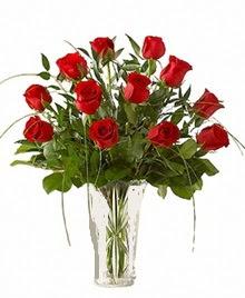 cam yada mika vazo içerisinde 9 kirmizi gül  Gaziantep online çiçekçi , çiçek siparişi