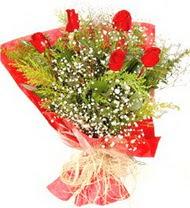 Gaziantep hediye çiçek yolla  5 adet kirmizi gül buketi demeti