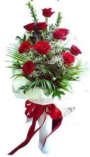 Gaziantep kaliteli taze ve ucuz çiçekler  10 adet kirmizi gül buketi demeti