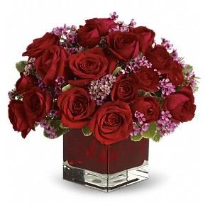 11 adet kırmızı gül vazosu  Gaziantep İnternetten çiçek siparişi