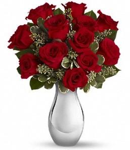 Gaziantep çiçek yolla   vazo içerisinde 11 adet kırmızı gül tanzimi