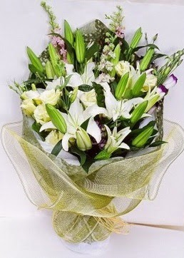 Gaziantep internetten çiçek satışı  3 adet kazablankalardan görsel buket çiçeği