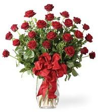 Sevgilime sıradışı hediye güller 24 gül  Gaziantep ucuz çiçek gönder