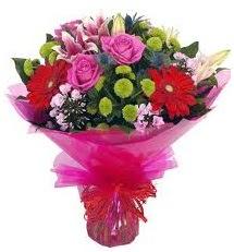 Karışık mevsim çiçekleri demeti  Gaziantep çiçek gönderme