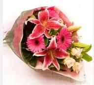 1 dal kazablanka ve mevsim çiçekleri  Gaziantep çiçek gönderme sitemiz güvenlidir