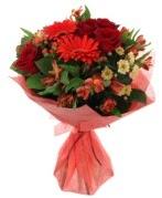 karışık mevsim buketi  Gaziantep çiçek gönderme sitemiz güvenlidir