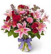 Vazo içerisinde karışık mevsim çiçeği  Gaziantep online çiçekçi , çiçek siparişi