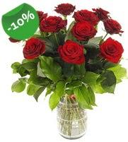 11 adet vazo içerisinde kırmızı gül  Gaziantep çiçek gönderme