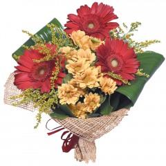 karışık mevsim buketi  Gaziantep yurtiçi ve yurtdışı çiçek siparişi
