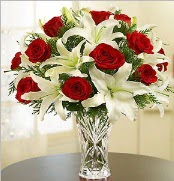 12 adet kırmızı gül 2 dal kazablanka vazosu  Gaziantep çiçek servisi , çiçekçi adresleri