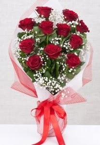 11 kırmızı gülden buket çiçeği  Gaziantep ucuz çiçek gönder