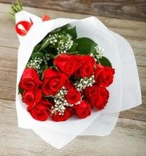 9 kırmızı gülden buket çiçeği  Gaziantep hediye sevgilime hediye çiçek