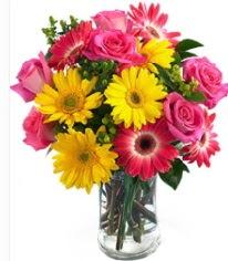 Vazoda Karışık mevsim çiçeği  Gaziantep yurtiçi ve yurtdışı çiçek siparişi