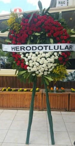 Cenaze çelengi cenazeye çiçek modeli  Gaziantep çiçek servisi , çiçekçi adresleri
