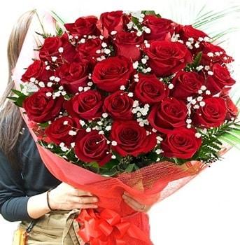 Kız isteme çiçeği buketi 33 adet kırmızı gül  Gaziantep 14 şubat sevgililer günü çiçek