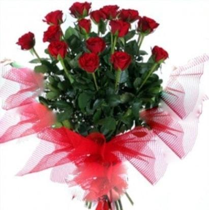 15 adet kırmızı gül buketi  Gaziantep çiçekçi telefonları