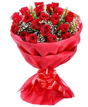 21 adet kırmızı gülden modern buket  Gaziantep hediye sevgilime hediye çiçek